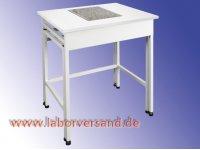 Anti-vibration table for balances